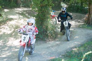 moto cross forêt enfants Auch Toulouse Gers occitanie